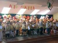curs festiv - in aceasta imagine apar absolventii gradinitei