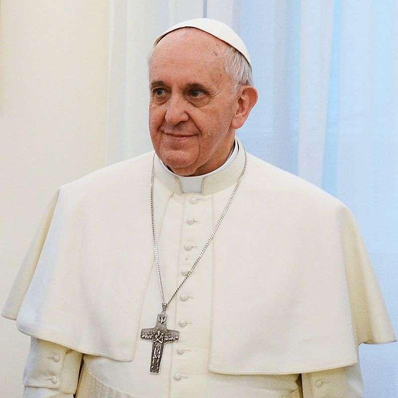 Biserica catolică - Biserica Catolică, Biserică universală (greacă katholikos, universală) - cea mai mare comunitate religioasă creștină din lume, proclamând principiile credinței și vieții cunoscute sub nume (3×3)
