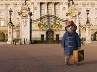 Película de Paddington - Paddington visitando el Palacio de Buckingham