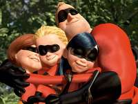 The Incredibles - The Incredibles Family Hug