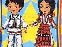 """Românaşi - Román és román lányok puzzle! Közepes csoport """"Chicks"""" - 4 darab"""
