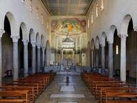 St. George på Velabrum - St. George på Velabrum (italienska: Chiesa di San Giorgio i Velabro) - Romersk-katolsk titelkyrka i