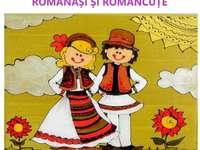 ROMÁNOK ÉS ROMÁNOK - Ezen a képen két népviseletbe öltözött gyermek látható