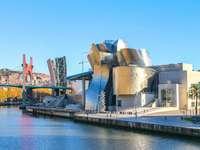 Muzeum Guggenheima w Bilbao - Muzeum Guggenheima w Bilbao