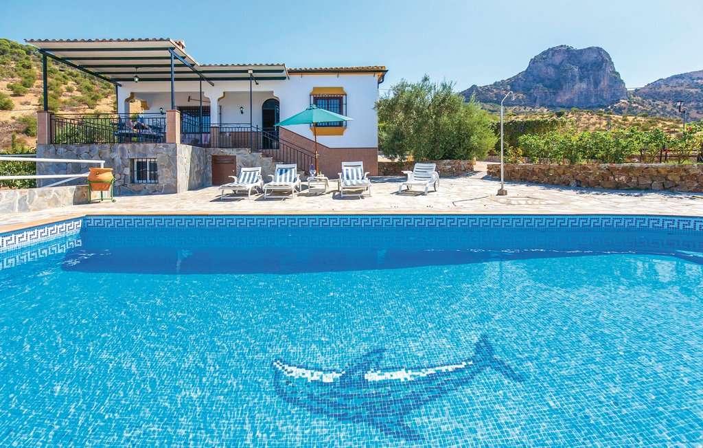 Кадис ваканционен дом в Испания (14×9)