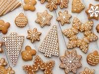 Χριστουγεννιάτικα μπισκότα - Μ .........................