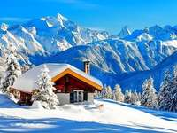 Cottage In The Mountains, Snow