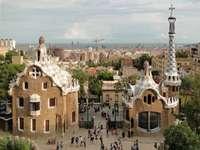 Barcelona... - m ......................