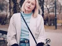Noora Amalie Satre - Noora Amalie Satre de la serie Skam.