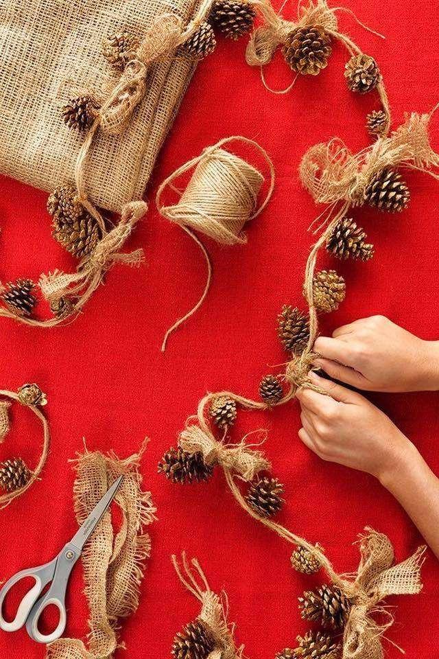 guirlande - Guirlande de cônes magnifiquement faite (8×12)