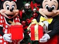 v Disneylandu - m ....................