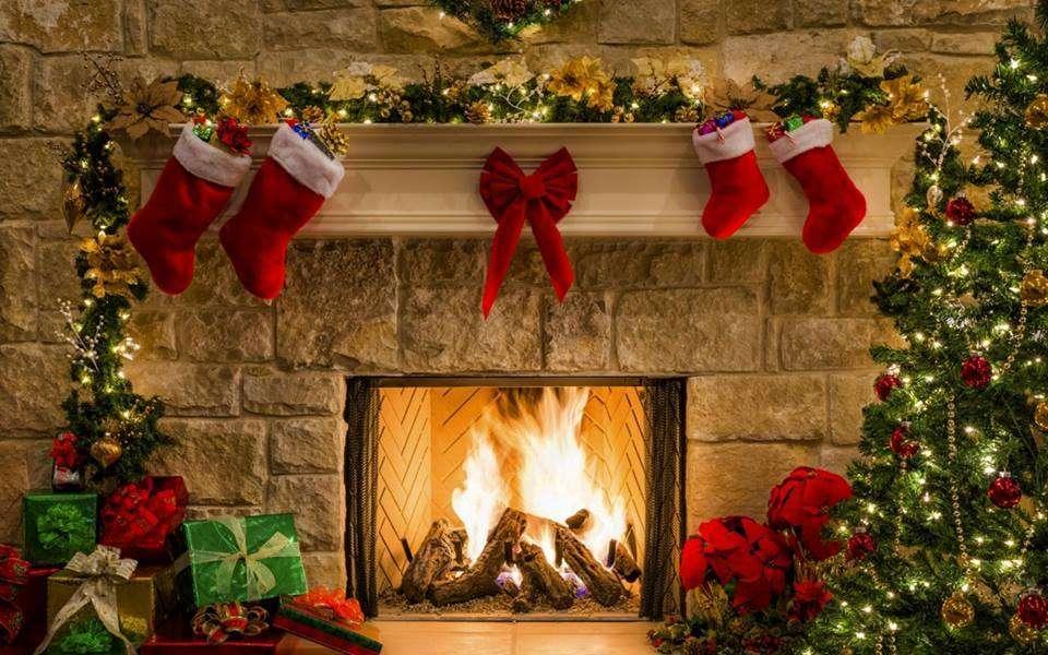 Junto a la chimenea - Chimenea navideña muy bonita (14×9)
