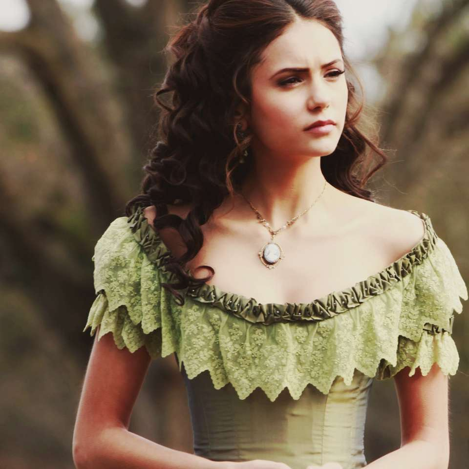Katherine Pierce a - Katherine Pierce era un vampiro e un sosia di Amara che piangeva come un bambino (6×6)