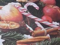 Η μαγεία των Χριστουγέννων - Χριστουγεννιάτικη μαγεία με μήλα, κανέλα και ξηρούς κα
