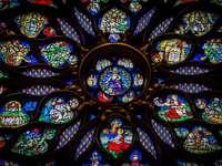 decor textil multicolor - Saint Chapelle, Pari, Franța