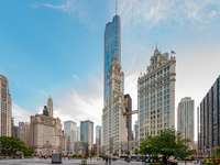 épület alacsony szögű fotózása - Chicago - vasárnap - 18:54. Chicago, Egyesült Államok