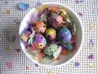 tehnica de decorare a ouălor - m ....................