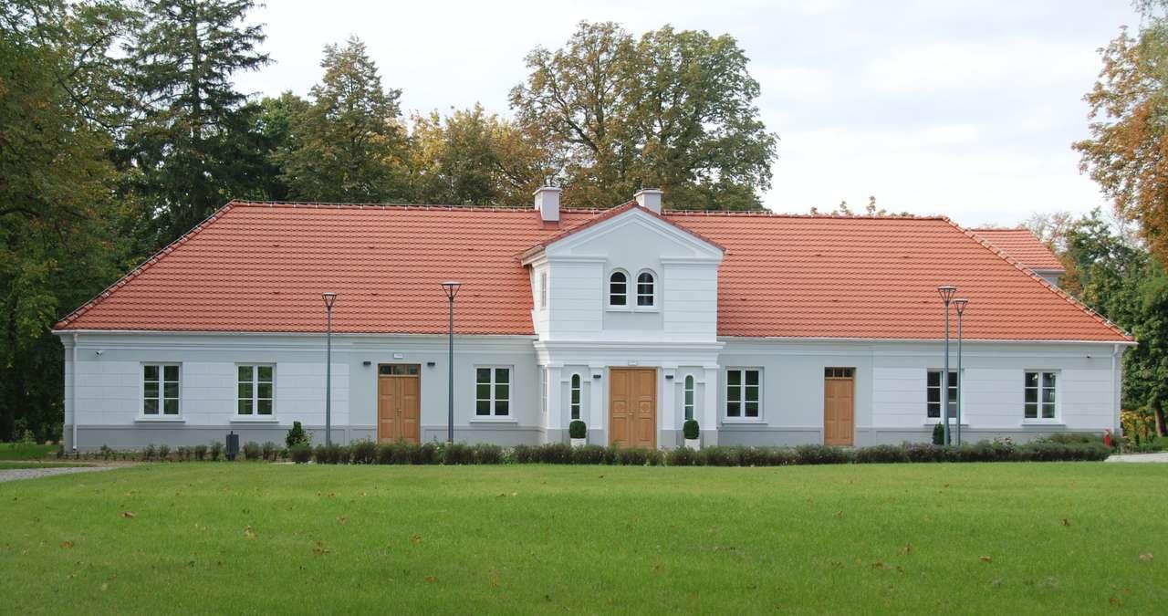 имение в Leszczynek - каним ви да уредите нашето имение (9×5)