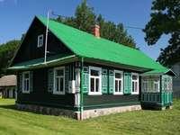 зелена къща - м ....................