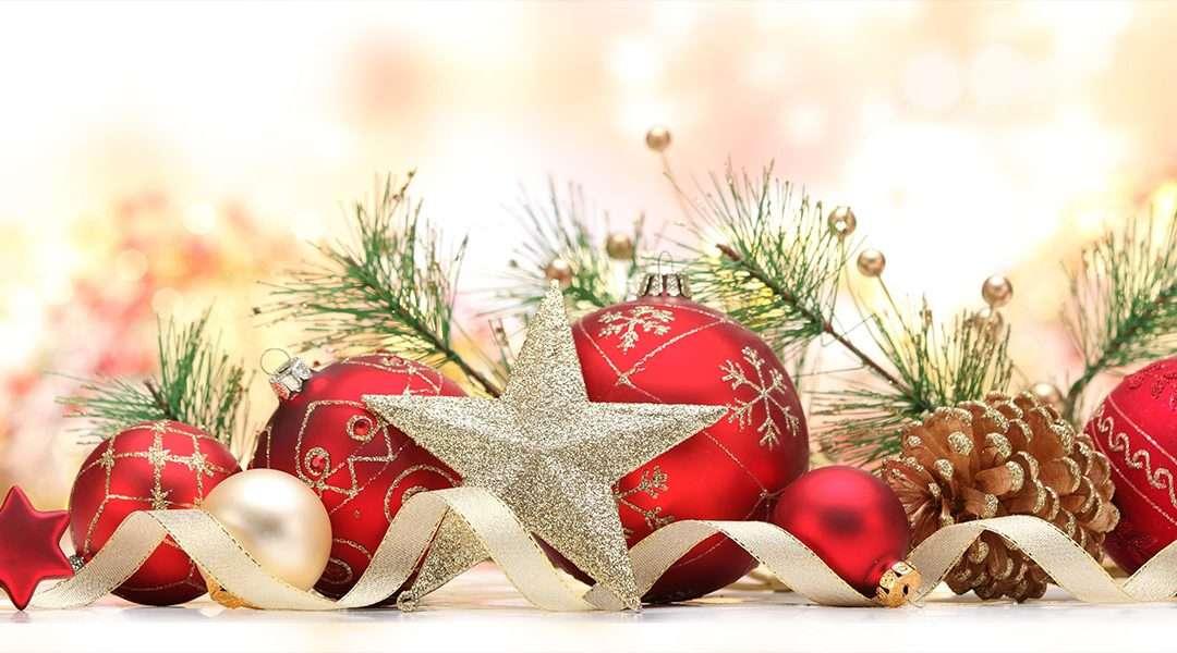 Étoile de Noël - Décorations de Noël avec différents jouets- (9×5)