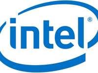 Intel ugrik előre