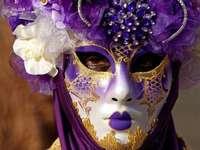 Máscaras e fantasias venezianas