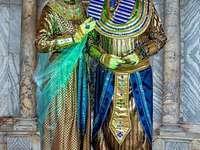 Benátské masky a kostýmy