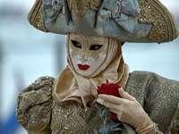 Masques et costumes vénitiens