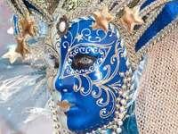 Venetiaanse maskers en kostuums