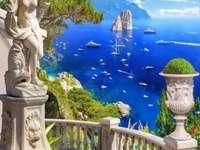 Blick auf das Meer von der Terrasse auf Capri