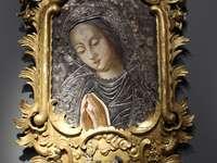 Мадона, колекция на Окръжния музей в Серадз
