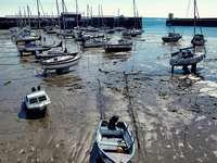 bateaux à terre