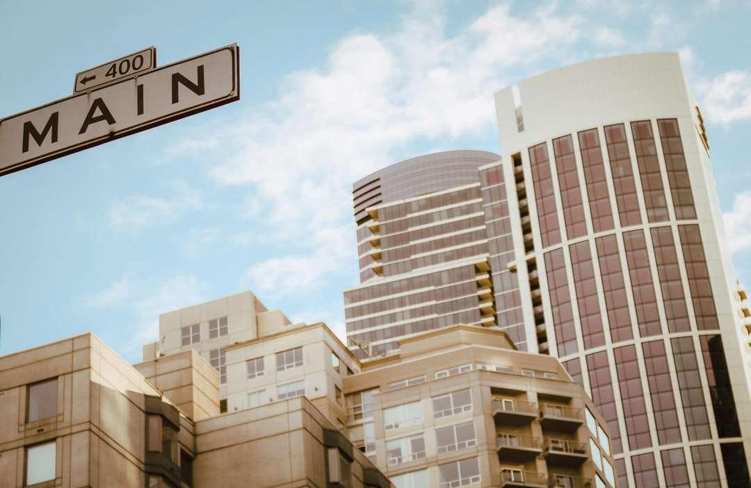 fotografování výškových budov z nízkého úhlu - Kalifornie, SAN FRANCISCO, Spojené státy (4×3)