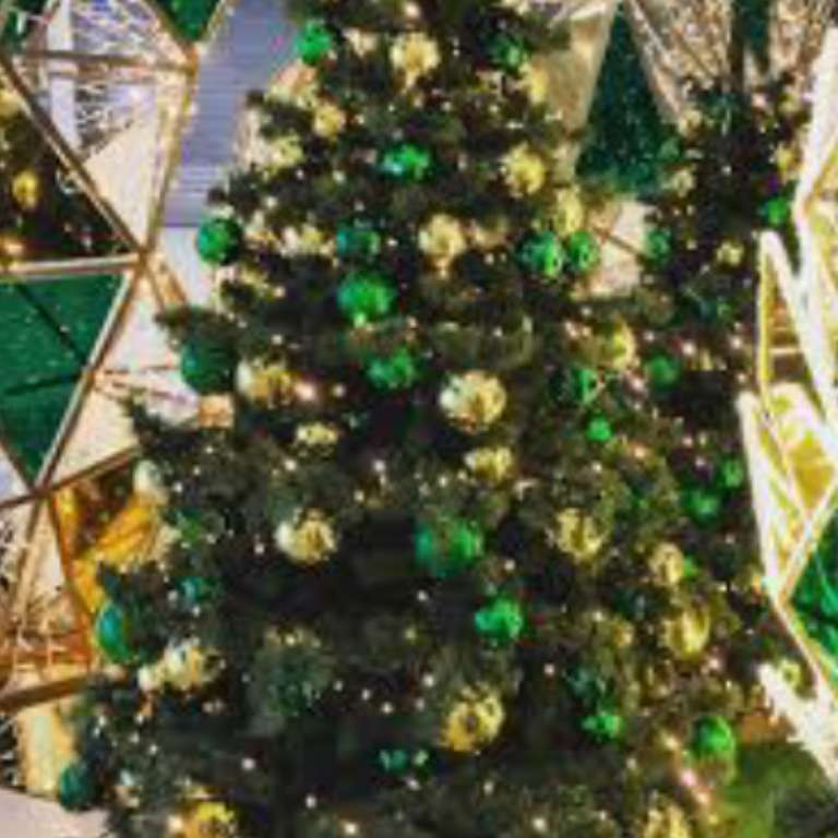 Karácsonyfa az ünnepekre - Karácsonyfa, amelyet karácsonyra feldíszítünk (10×10)
