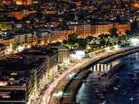promenáda večer Neapol Itálie