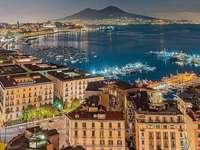Neapolský záliv Itálie