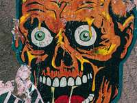gul och svart ansiktsmålning