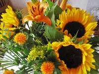 Sonnenblumen in einem Blumenstrauß