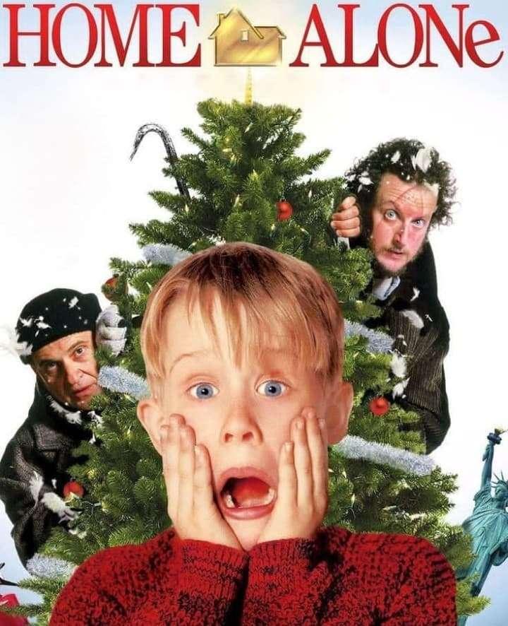 Kevin alleen thuis - Home Alone Kevin - Amerikaanse speelfilm uit 1990, geregisseerd door Chris Columbus. Dit is de eerste film in de Home Alone-serie (2×3)
