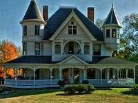 къща във викториански стил