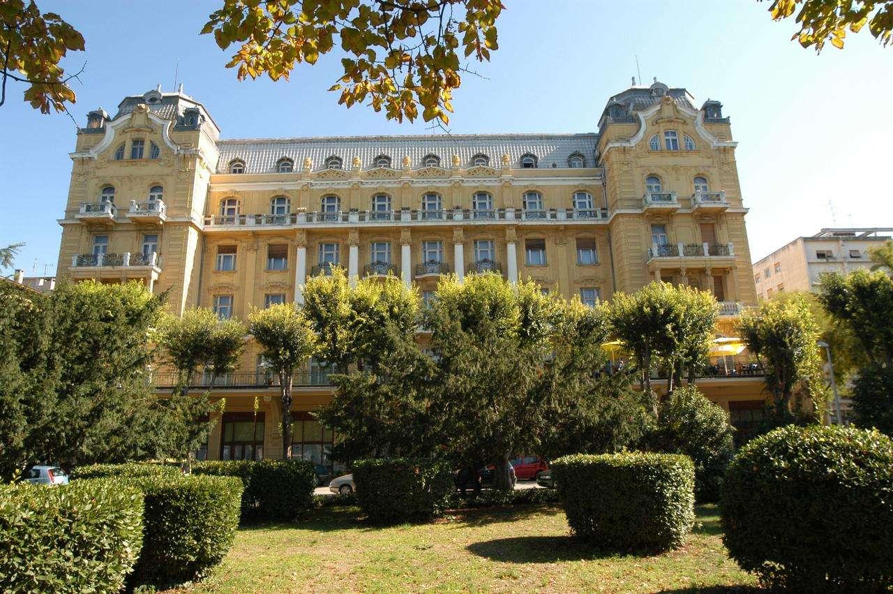 Pula Hotel Riviera Istrien Kroatien