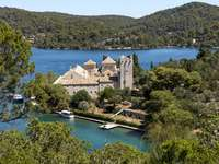 Complexul mănăstirii insulei Mljet Croația