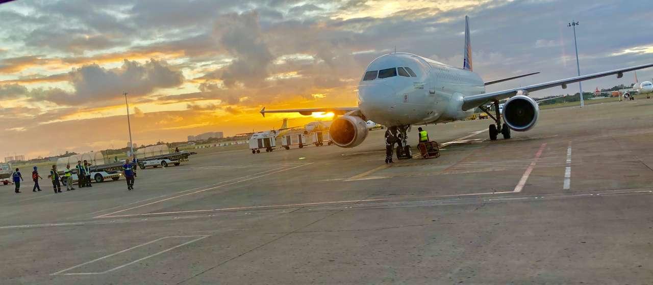 Manila Airport - Manila Airport - Philippines (20×9)