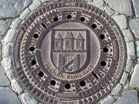 Couvercle décoratif du système d'égouts de Prague