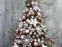 Brad de Crăciun din nuiele de mesteacăn