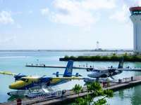aviones- aeropuerto en las maldivas