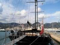 Port of Sestri Ponente, sailing ship