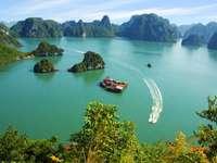 bay in vietnam