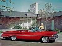 1960 Oldsmobile devadesát osm kabriolet