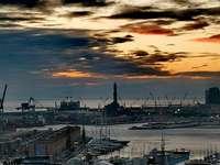 Genua, port i latarnia